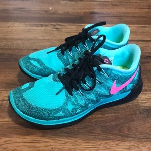 Nike Turquoise Running shoes